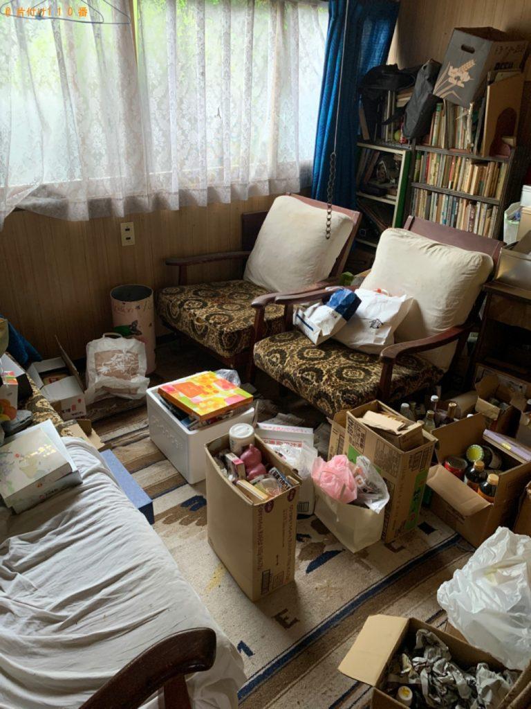 【上田市】ソファー、椅子、本棚、本等の回収・処分ご依頼
