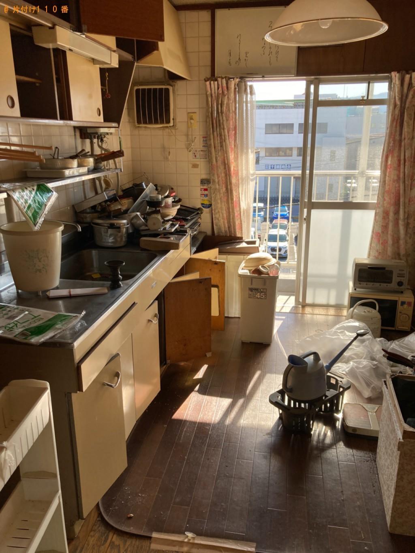 電子レンジ、トースター、金庫、食器、調理器具等の回収